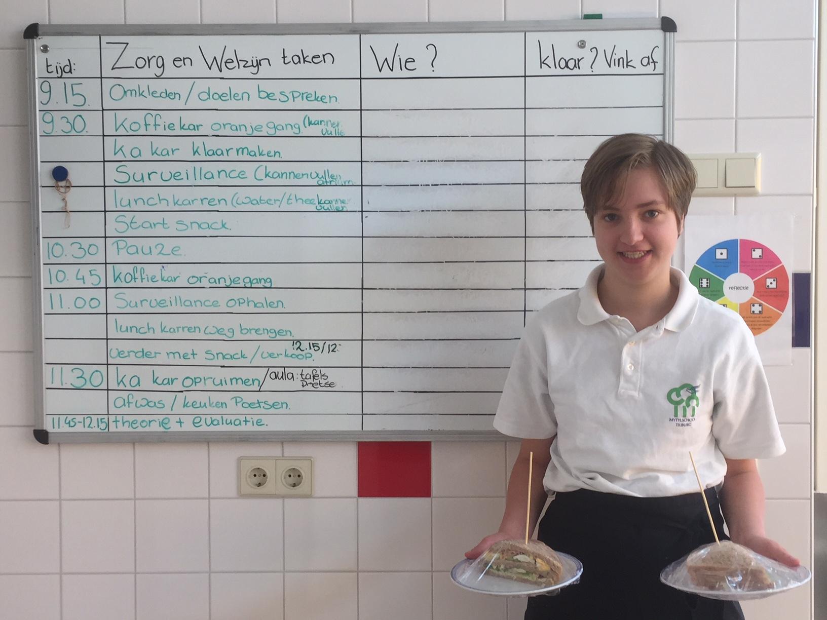 Ymke aan de slag in catering